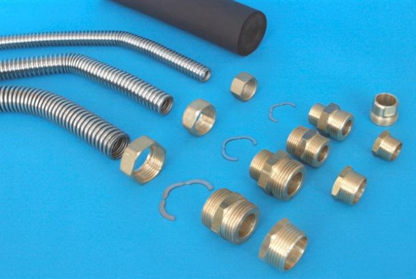 Hose and fittings (Small)